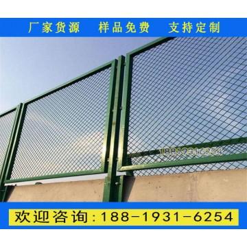 珠海高速公路边的围栏 汕头道路两侧