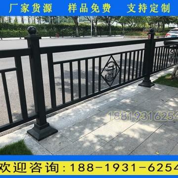 广州小蛮腰雕刻版黑色方管护栏 萝岗